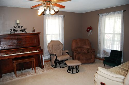 Living room makeover 037