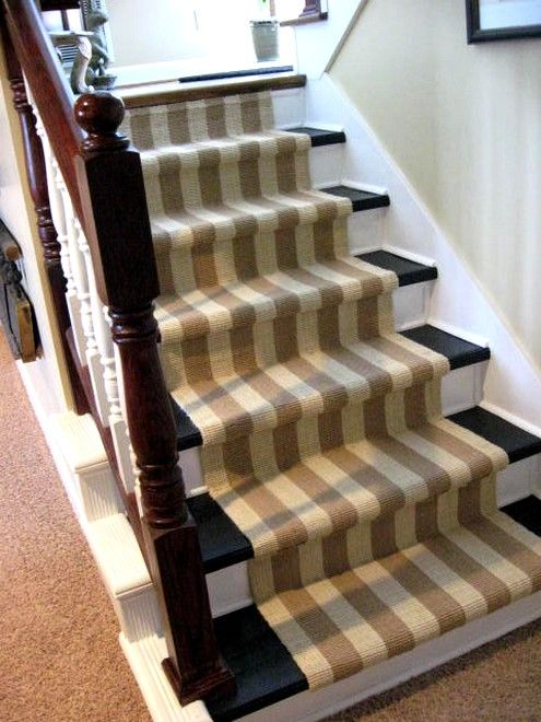 Ripping carpet off stairs