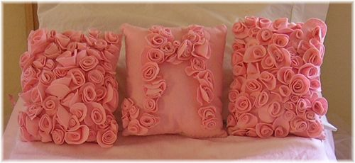 Rose felt pillow